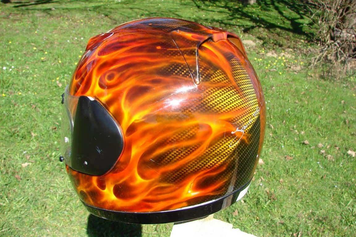 Motorrad Helm Lackierung